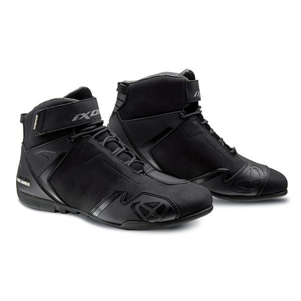 Baskets Moto Ixon Gambler WP Black