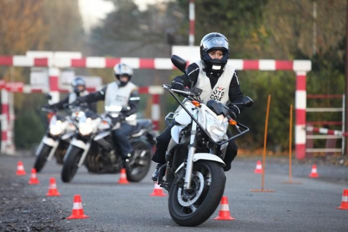 Passage permis moto