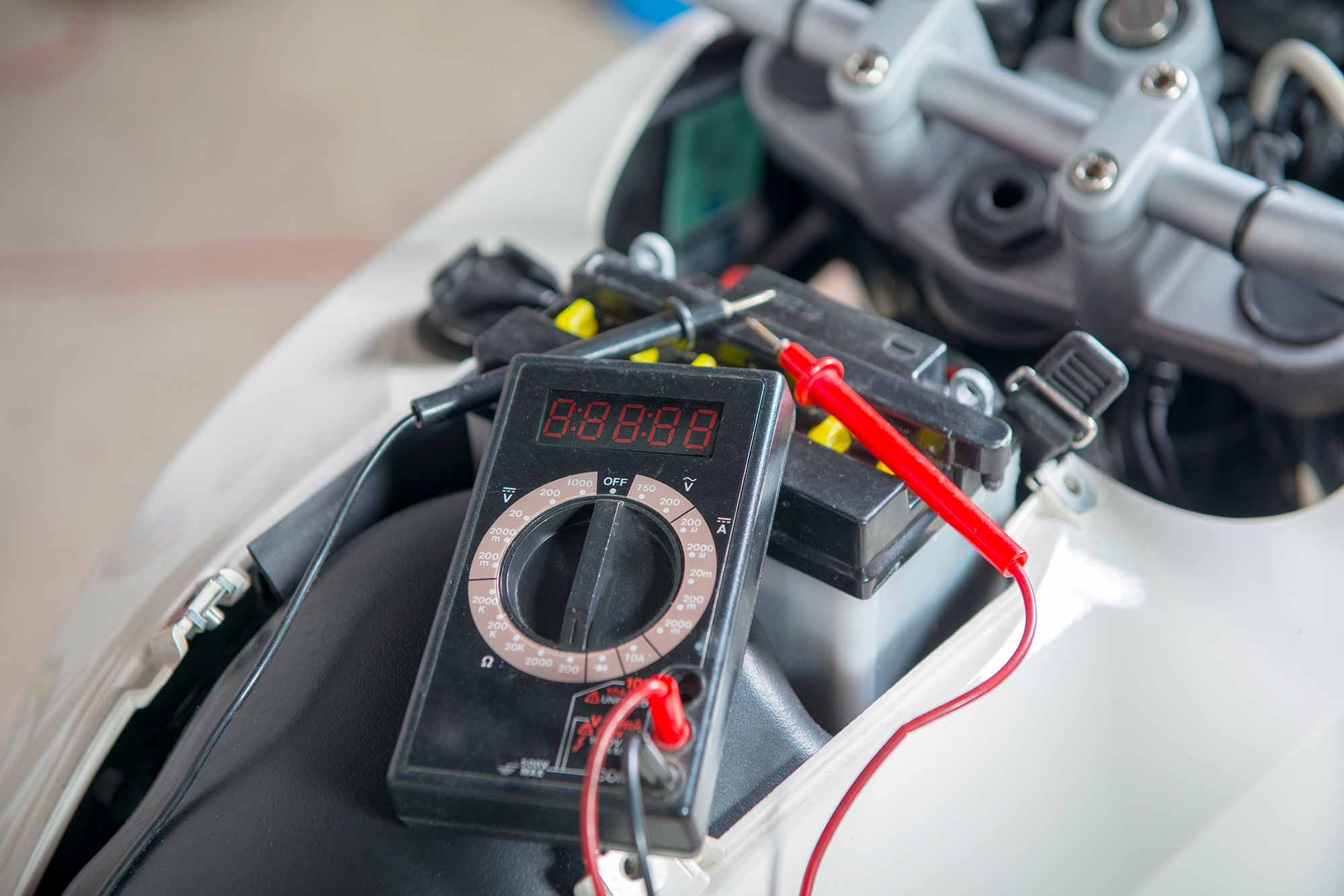 verifier-changer-sa-batterie-moto