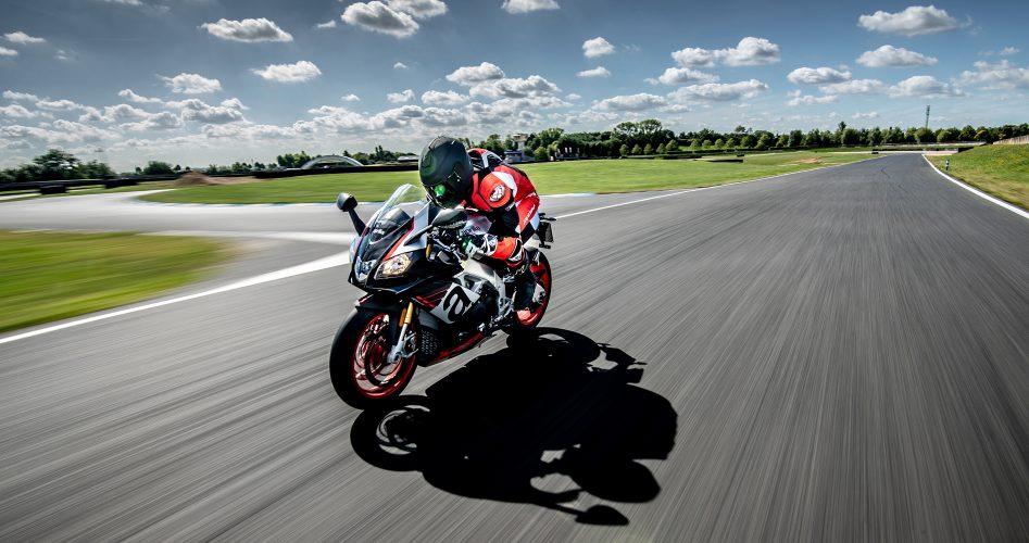 cover-stage-de-pilotage-moto