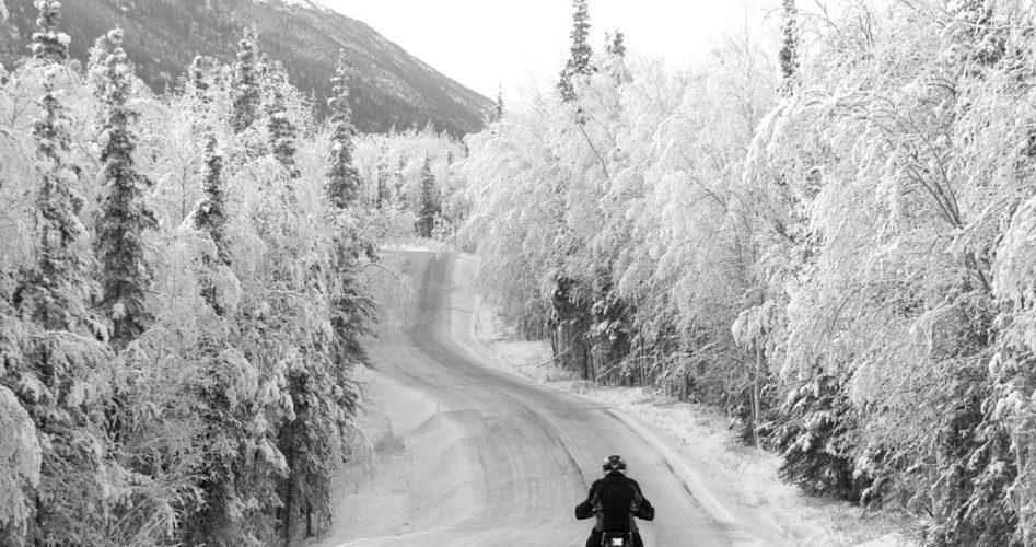 Entretenir-sa-moto-pour-rouler-en-hiver
