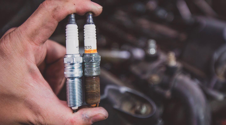 Bougies-moto-entretien-et-remplacement